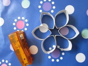 יצירה מגלילי נייר טואלט