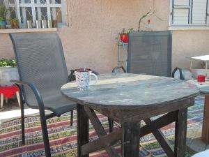 שולחן גינה - לפני