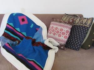 שמיכה מסוודרים ישנים